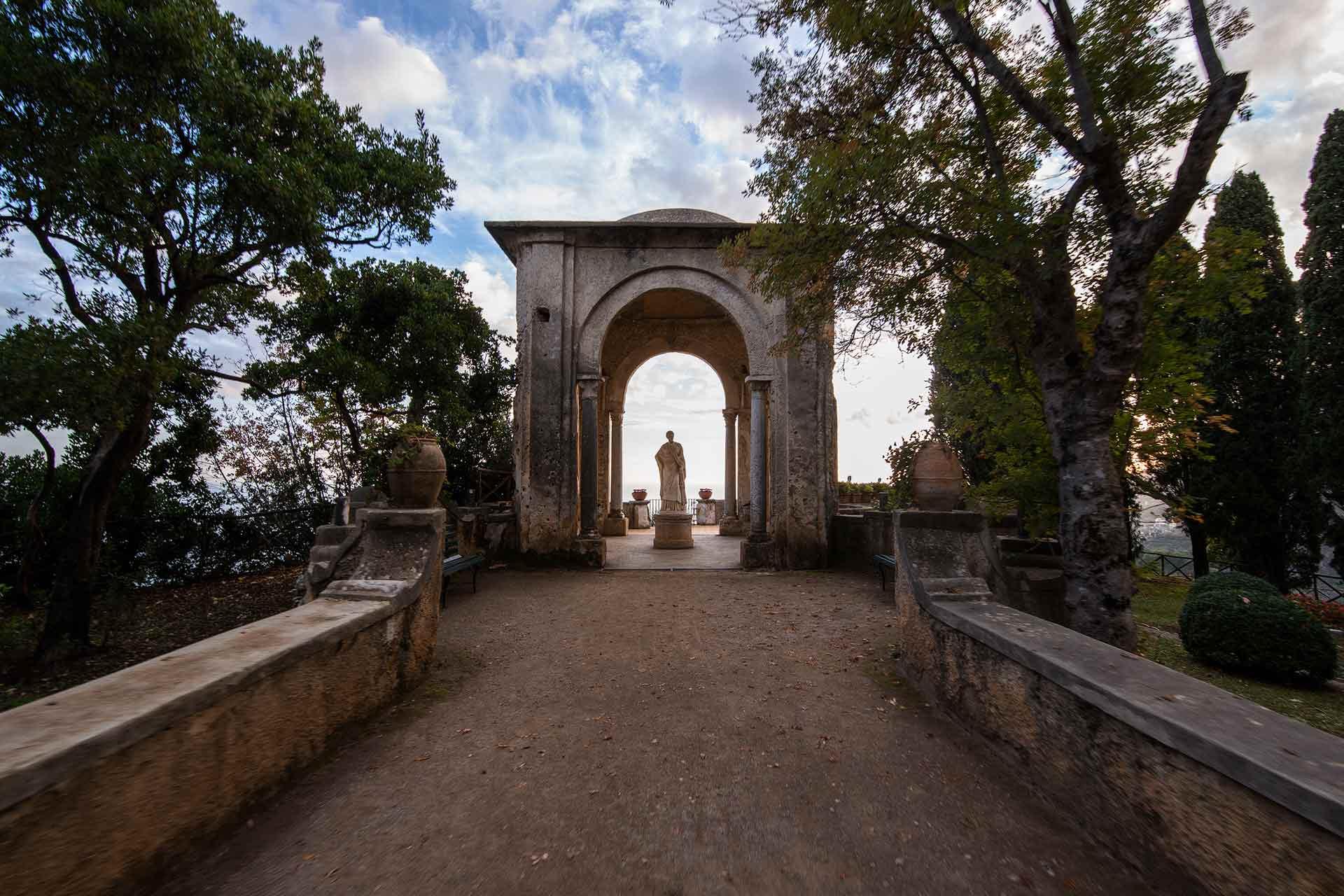 Monumenro di Villa Cimbrone