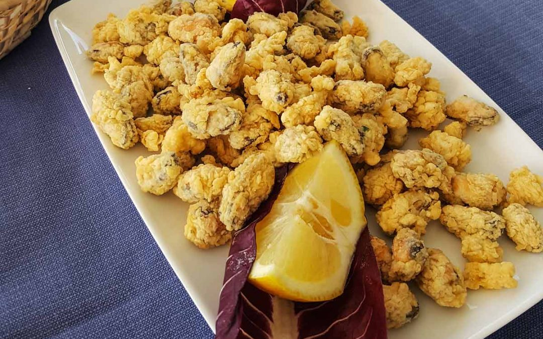 Traditional Italian Food: Fried Mussels from Puglia