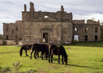 One-day trip from Rome: the Ancient Monterano